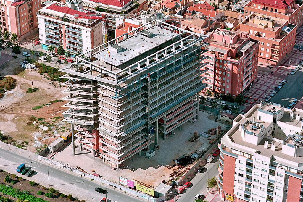 Final de la construcción de la estructura de hormigón