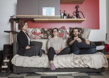 12/04/2018 - Torino, Italia - Cassandra, Greta e Erik, studenti momentaneamente residenti nel social housing Luoghicomuni Sansalvario a Torino. ©Dario Bosio | DARST
