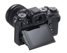 X-T3_Black_BackObl_MonitorUP+XF18-55mm