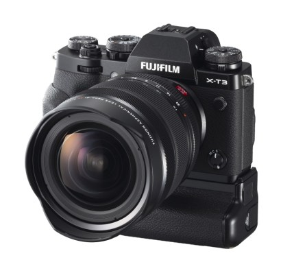 X-T3_Black_Left+Obl+VPB-XT3+XF8-16mm