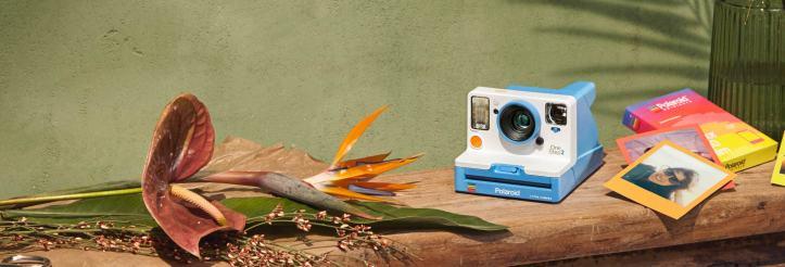 Polaroid Originals OneStep 2 Summer Blue