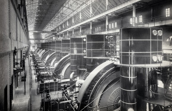 Interior view of the Interborough Rapid Transit Company (IRT) subway powerhouse, 58th to 59th Street, ca. 1904. (Courtesy NYC Municipal Archives)