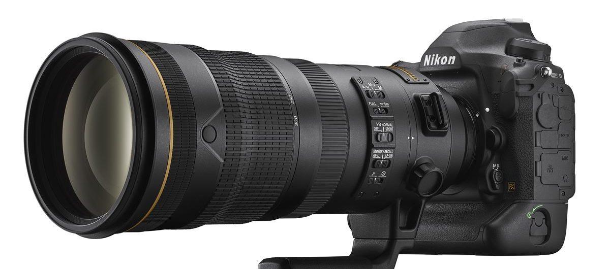 Die Nikon D6 mit dem Telezoom AF-S NIKKOR 120-300 mm 1_2,8E FL ED SR VR