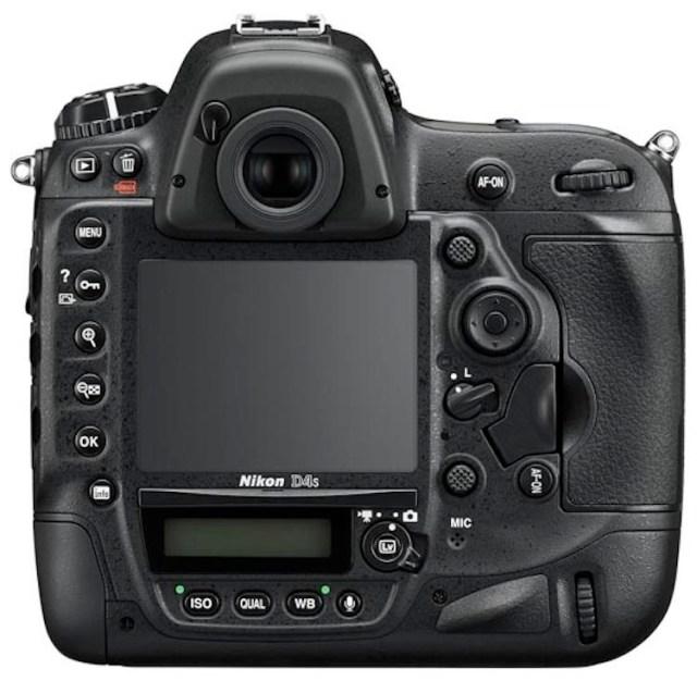 Nikon-D4s-DSLR-camera-2