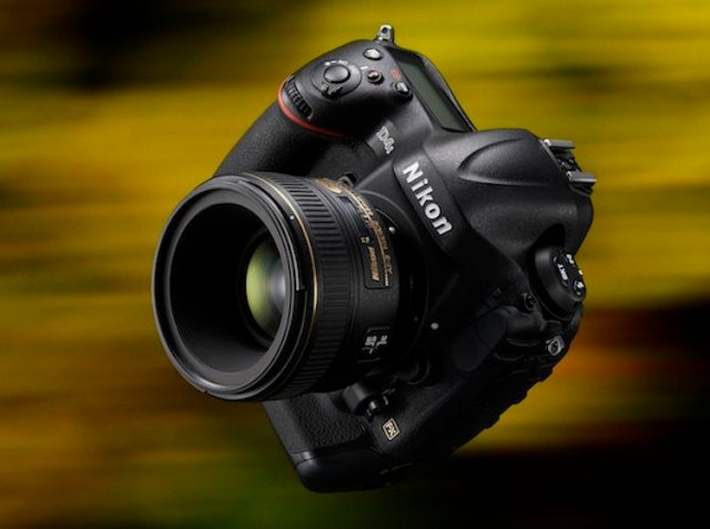 Nikon-D4S-Buy