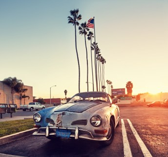 Vintage-volkswagen-car-sunset-los angeles-california