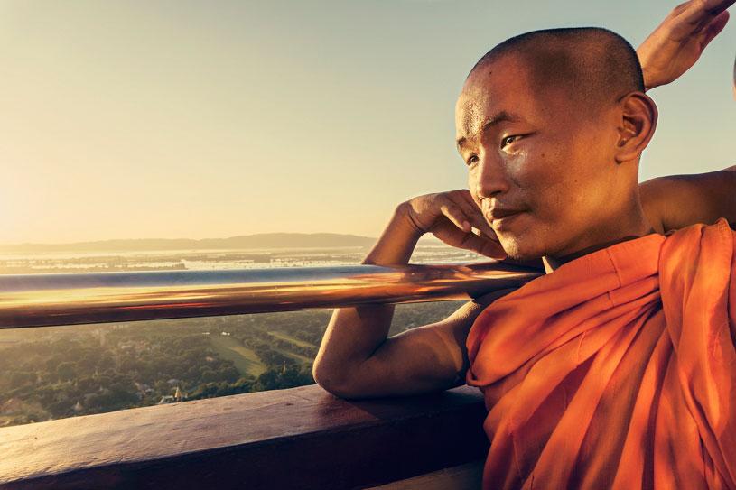 monje-budista-sunset-retrato-myanmar