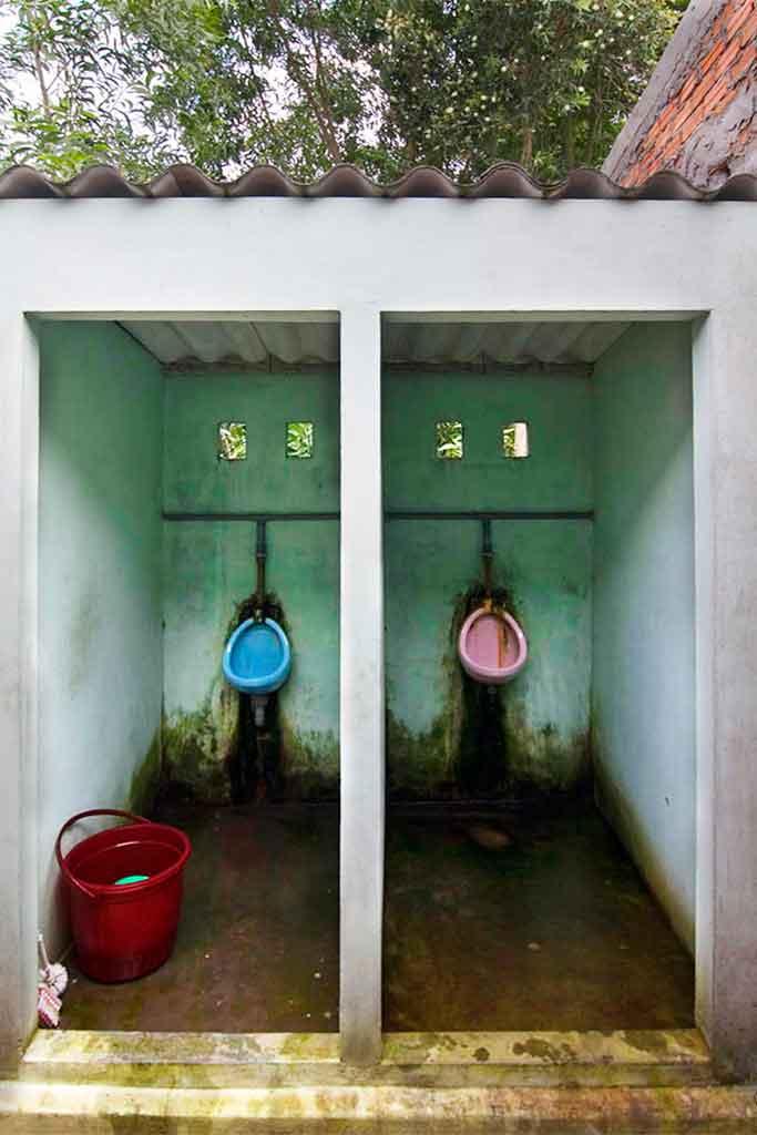 toilet-vietnam