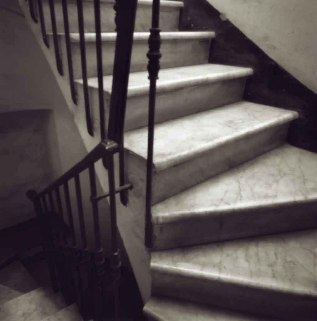 pinhole-foto-siqui-estenopeica-escalera-roma