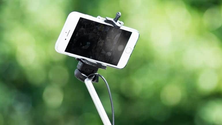 Selfie-Stick Handy