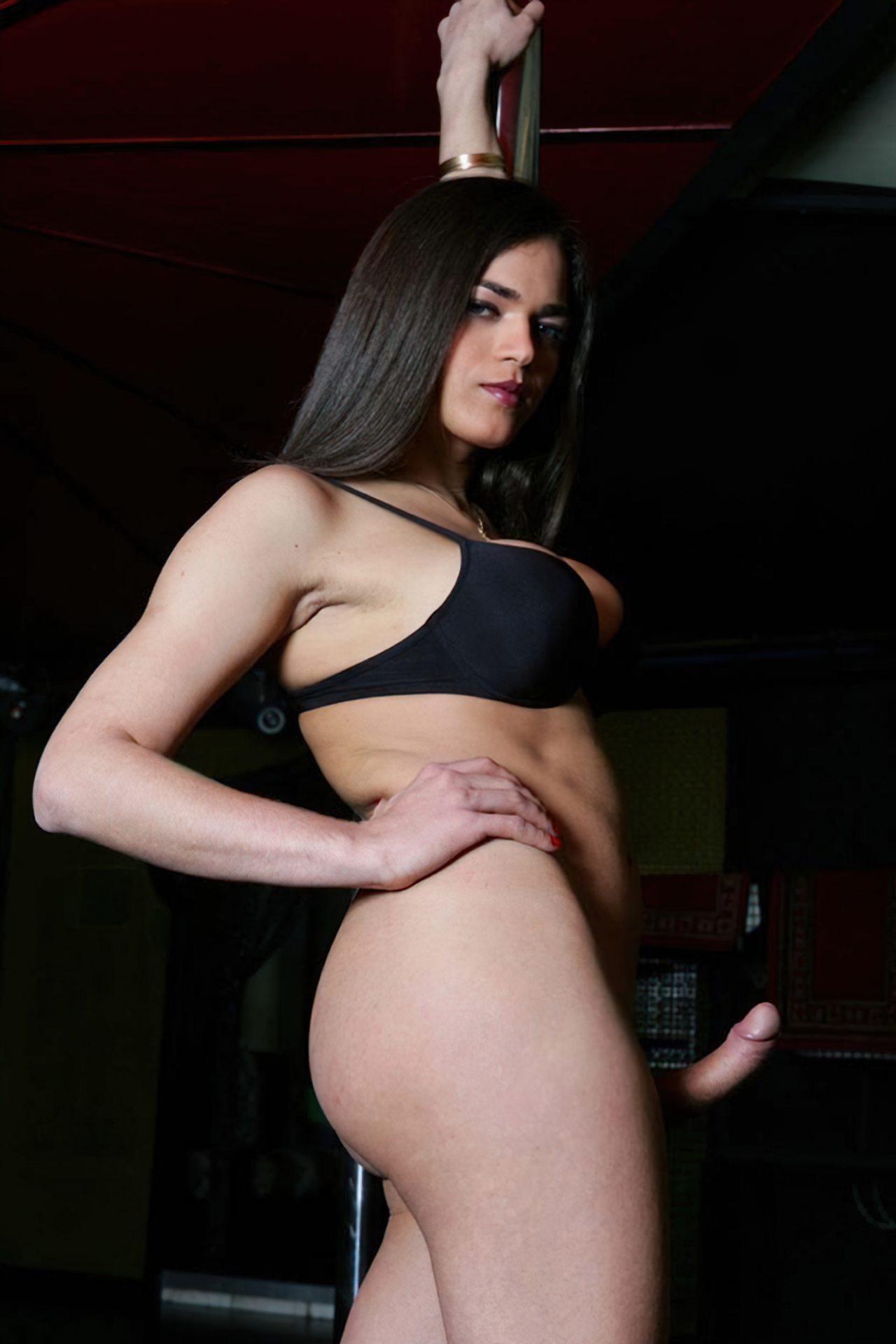 Travesti Pau Duro (6)
