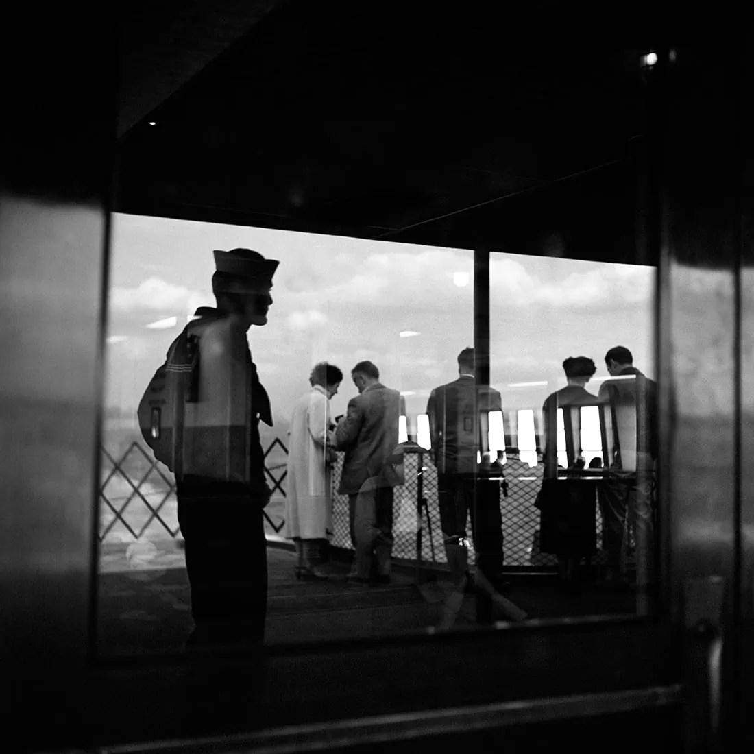 VM19XXW04202 03 MC - Una storia Meravigliosa: Vivian Maier (Street Photography) - fotostreet.it