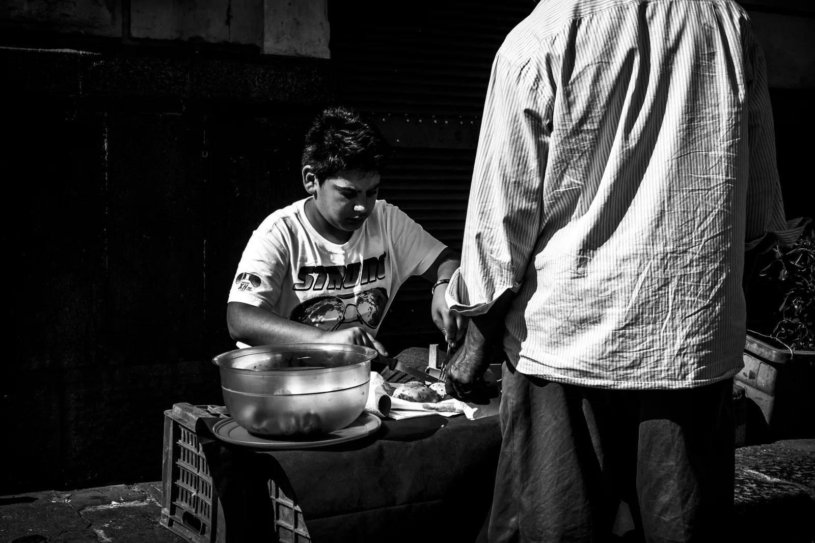 DSCF6244 - Priorità dei tempi e controllo dinamico della luce in street photography - fotostreet.it
