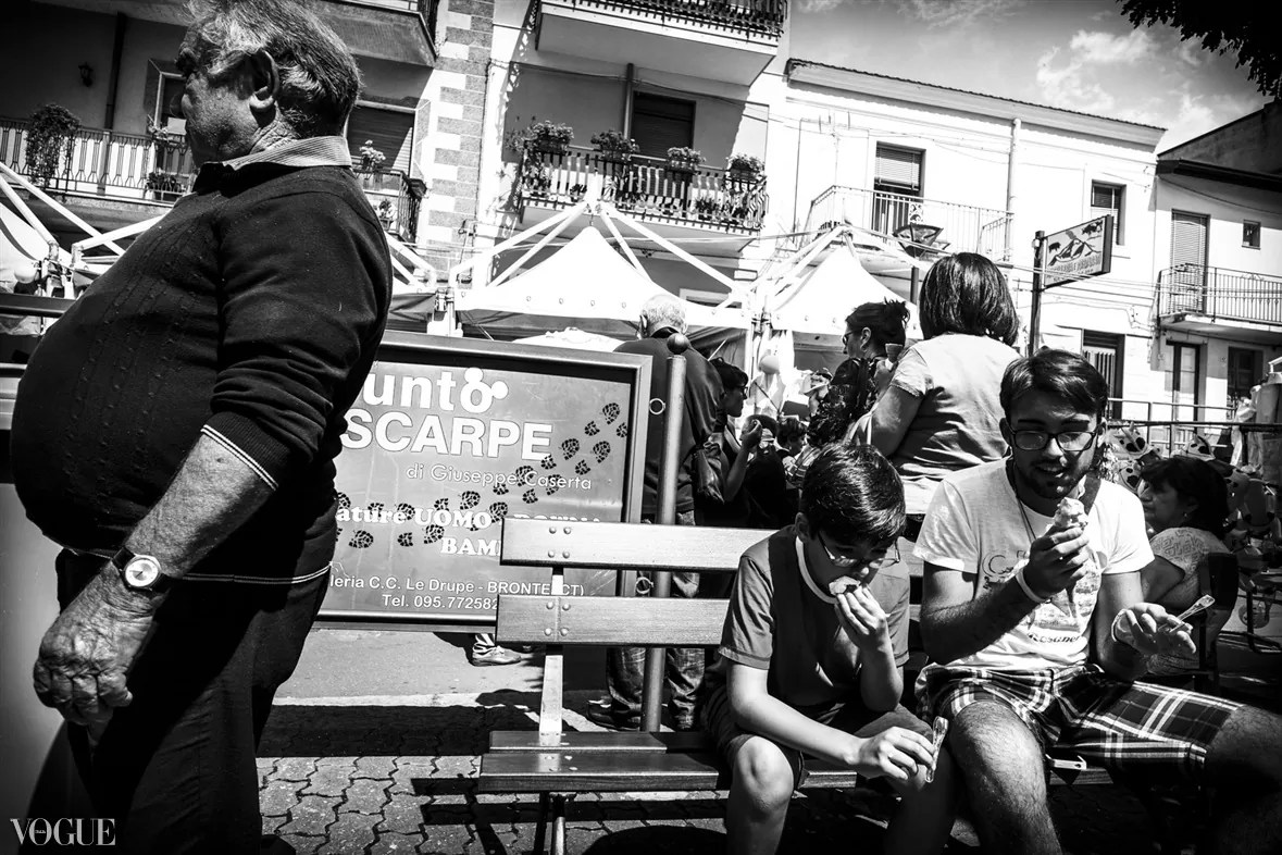 103 - 2014 - ONE YEAR OF MY STREET PHOTOGRAPHY ON VOGUE.IT - fotostreet.it