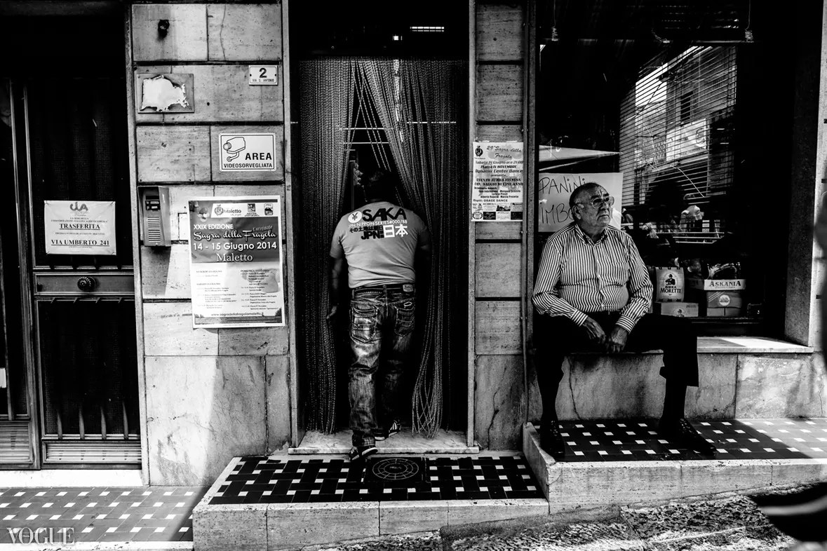 98 - 2014 - ONE YEAR OF MY STREET PHOTOGRAPHY ON VOGUE.IT - fotostreet.it