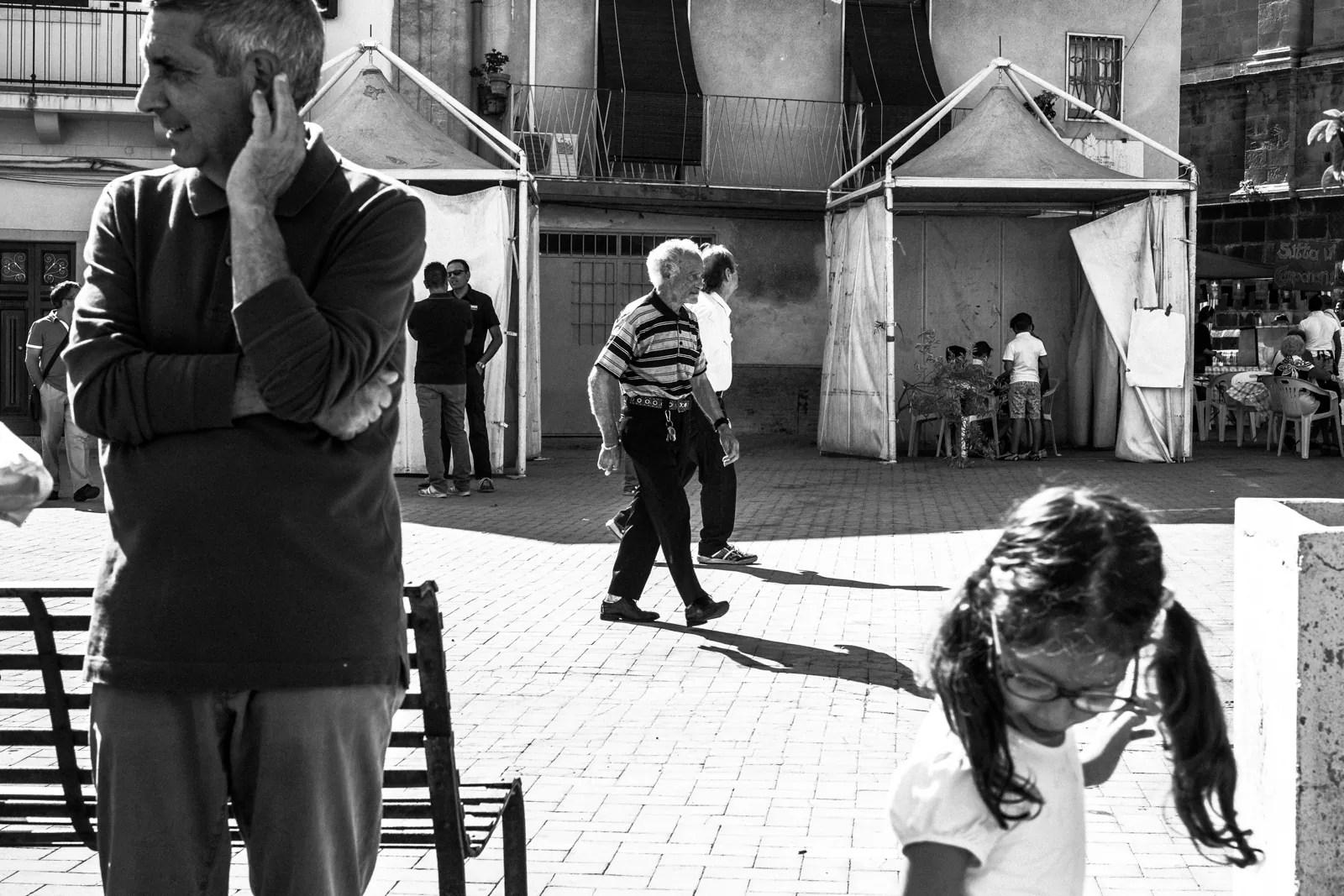 DSCF6154 - Fotografia in bianco e nero e la Street Photography - fotostreet.it