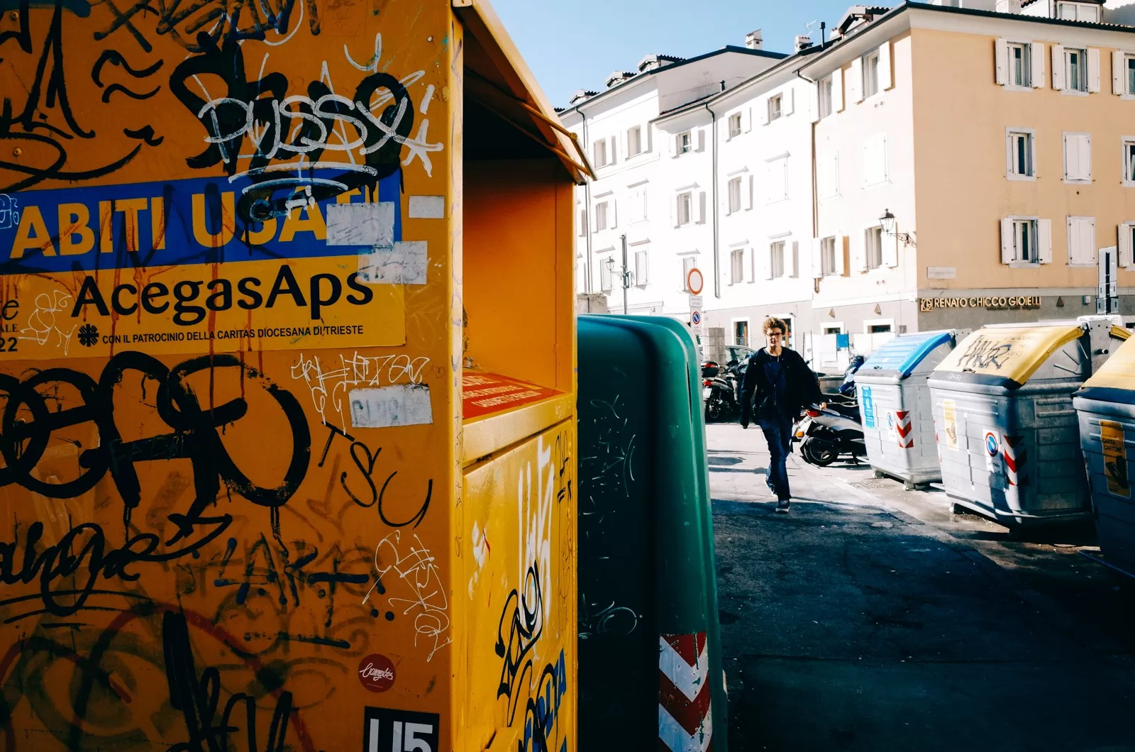 R0006763 - One Day in Trieste [Color Street Photography] - fotostreet.it