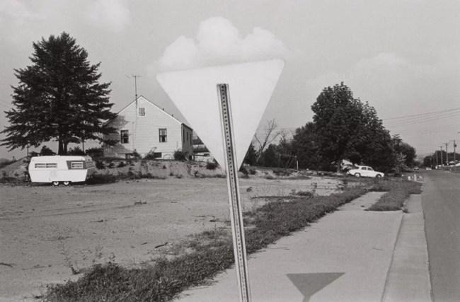 friedlander america 762x500 - il tempo in cui viviamo - Riflessioni sulla Street Photography - fotostreet.it