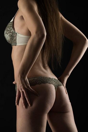 Sexy Momente, Porträt, Erotik, außergewöhnlich, Shooting, Fotostudio, Studio, Diez, Limburg, Hahnstätten, Holzheim, Fotos, Fotografien, Fotograf, Foto, gefühlsvoll, exklusiv, elegant, extravagant, emotional, gefühlsbetont, schön, modern, Frau, sexy, verträumt, Porträt, sexy, Po