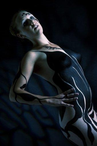 Spezial, speziell, außergewöhnlich, Fotoshooting, Shooting, Fotostudio, Studio, Diez, Limburg, Hahnstätten, Holzheim, Fotos, Fotografien, Fotograf, Foto, exklusiv, schön, modern, Fotografie Verena Schäfer, Body paint, Body, paint, Frau, erotisch,