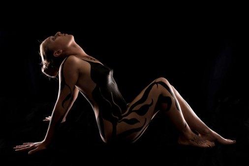 Spezial, speziell, außergewöhnlich, Fotoshooting, Shooting, Fotostudio, Studio, Diez, Limburg, Hahnstätten, Holzheim, Fotos, Fotografien, Fotograf, Foto, exklusiv, schön, modern, Fotografie Verena Schäfer, Body paint, Body, paint, Frau, Pose, erotisch, sinnlich