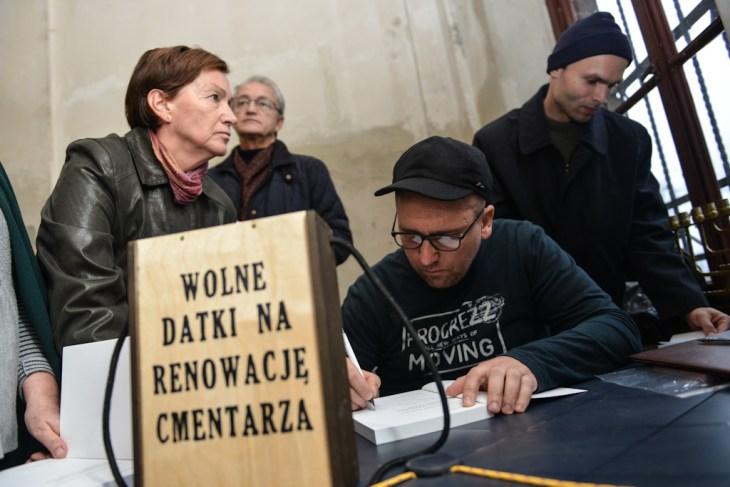 Zwiedzanie starego cmentarza żydowskiego wBielsku-Białej, 03.11.2013