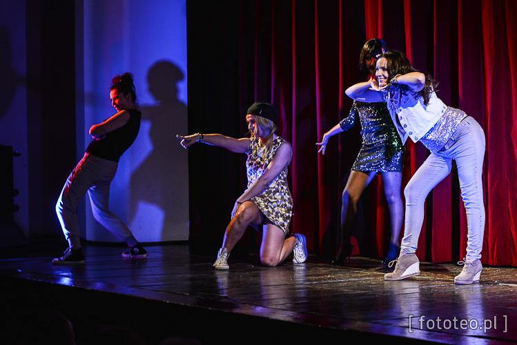 Katarzyna Górna Oremus, Urszula Izydor, Beata Woźniakowska Nycz, Marzena Mielczarek i Iwona Bartyzel jako Spice Girls