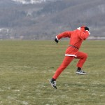 Fotoreportaż sportowy: bieg zwiatrem wplecy
