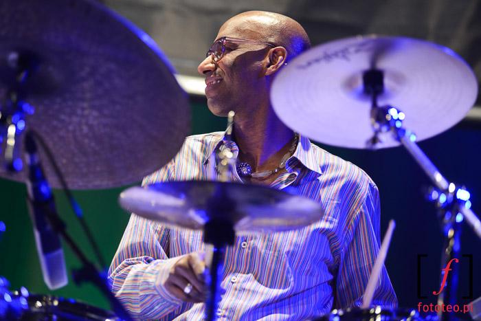 Fotografia muzyczna: Omar Hakim podczas Bielskiej Zadymki Jazzowej