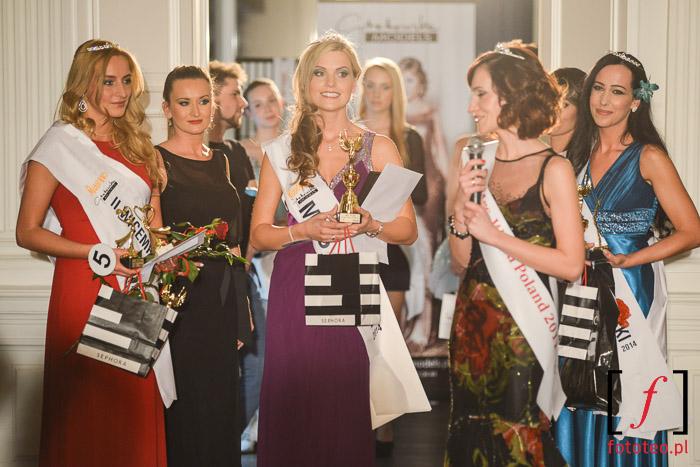 FInalistki Mrs. Poland 2014 podczas rozdania nagród