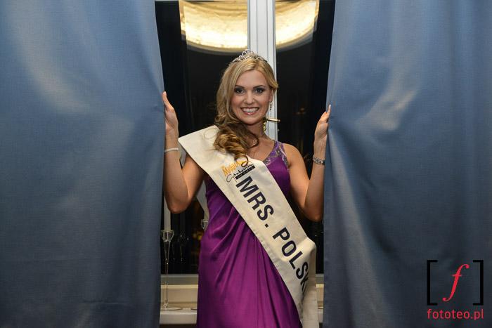 Mrs. Poland 2014 Joanna Sendecka