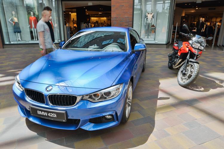 Wystawa motoryzacyjna Motosfera w Bielsku-Białej, BMW 402i