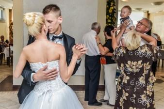 Pierwszy taniec na weselu Agaty i Damiana