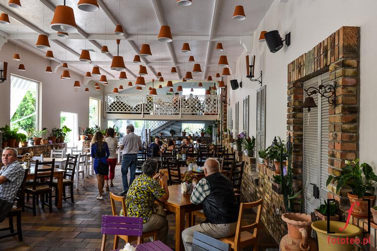 Fotografia wnętrza restauracji