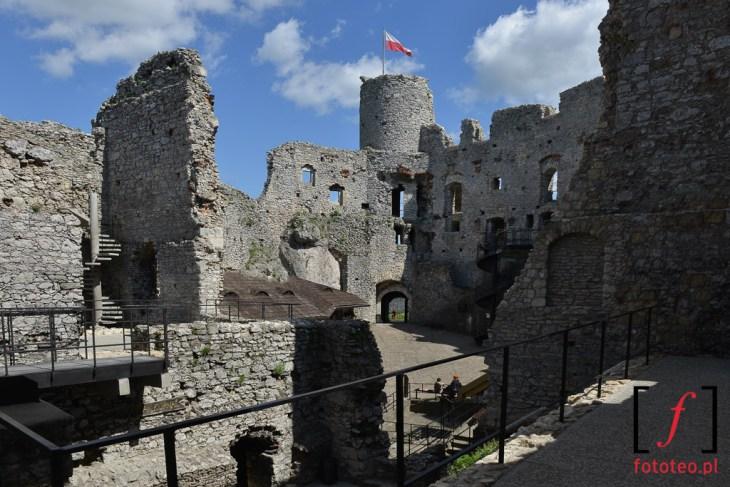 Zamek w Ogrodziencu
