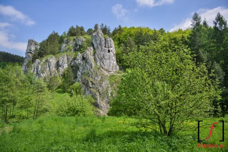 Skalki w dolinie Kobylanskiej