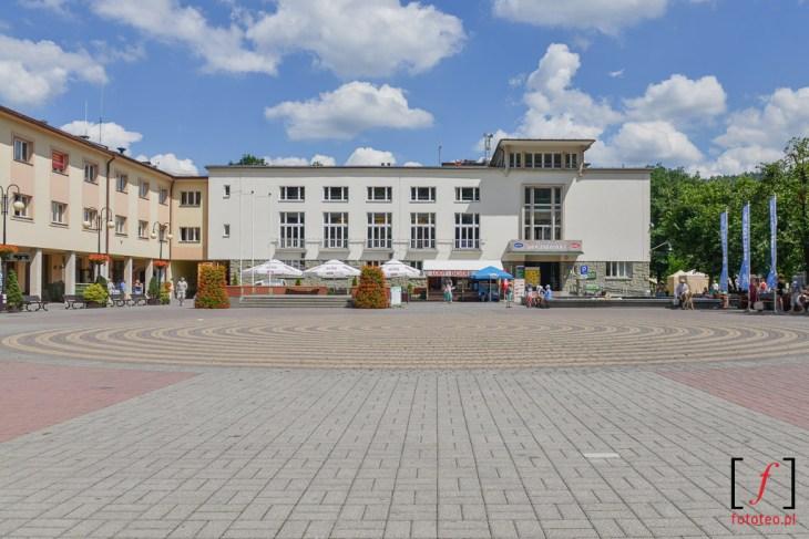 Centrum Wisły, plac Bogumiła Hoffa. Fotografia
