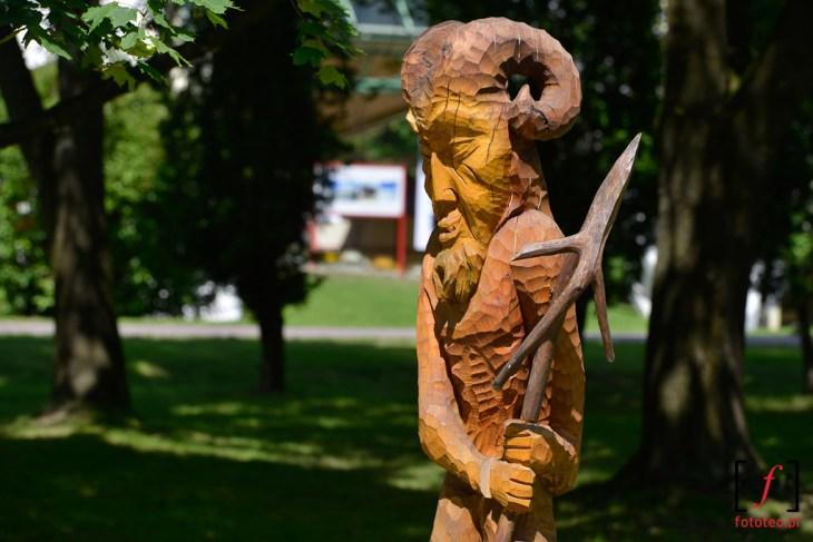 Rzeźba wparku wWiśle