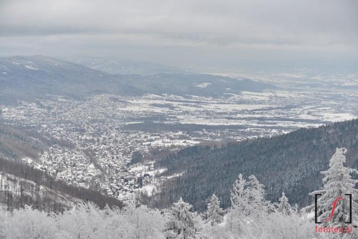 Widok w stronę żywieczczyny Bielsko z wieży widokowej na Szyndzielni