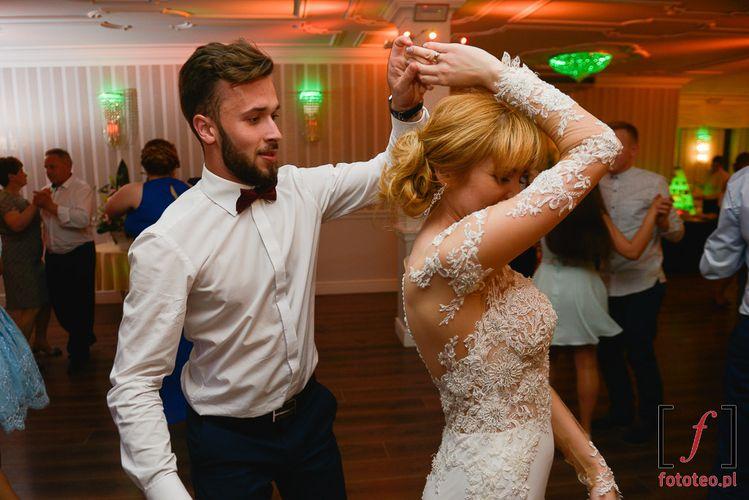 Taniec z panią młodą