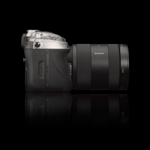 Hasselblad-HV_side_b