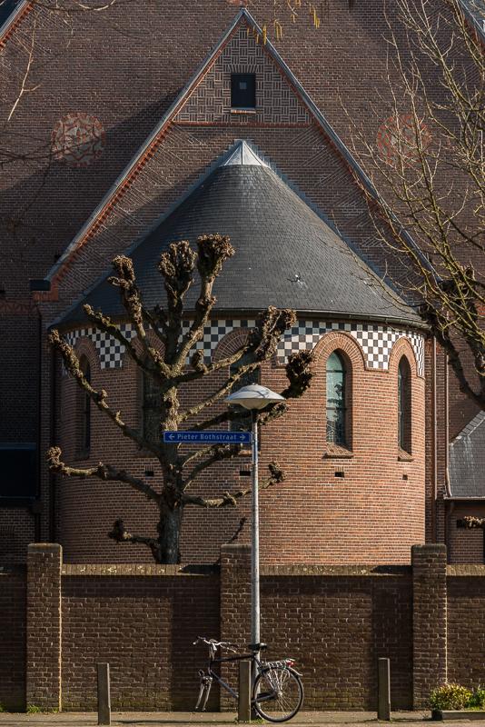 Pieter Bothstraat, Antoniuskerk