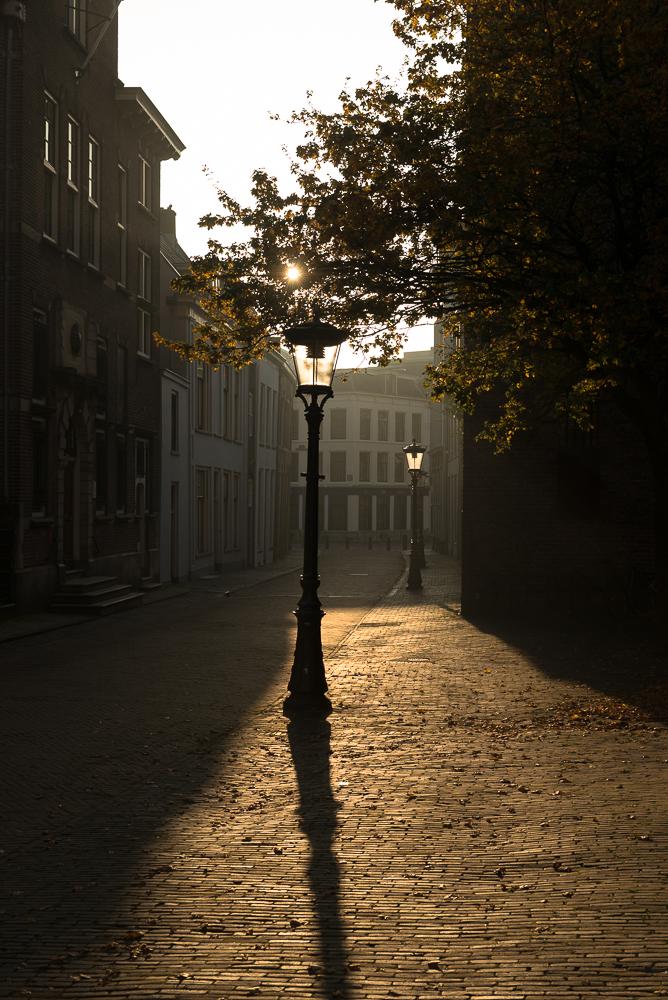 Tegenlicht, Achter de Dom