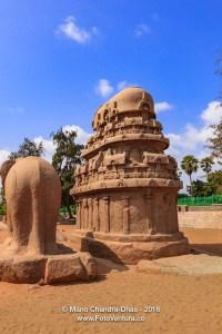 Mahabalipuram, India: 7th Century AD Nakula Sahadeva Ratha and Elephant