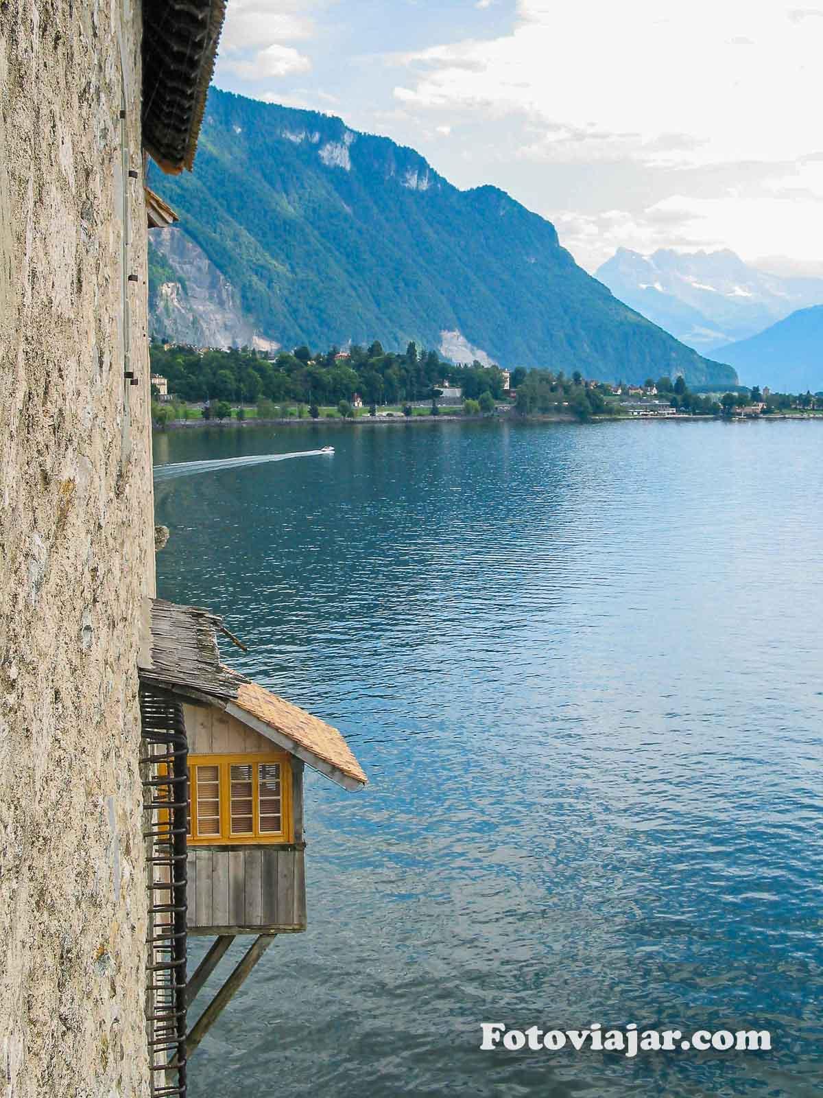 chateau chillon lago