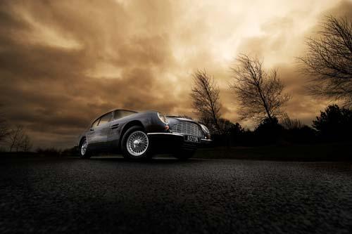 Aston Martin DB6 canvas print