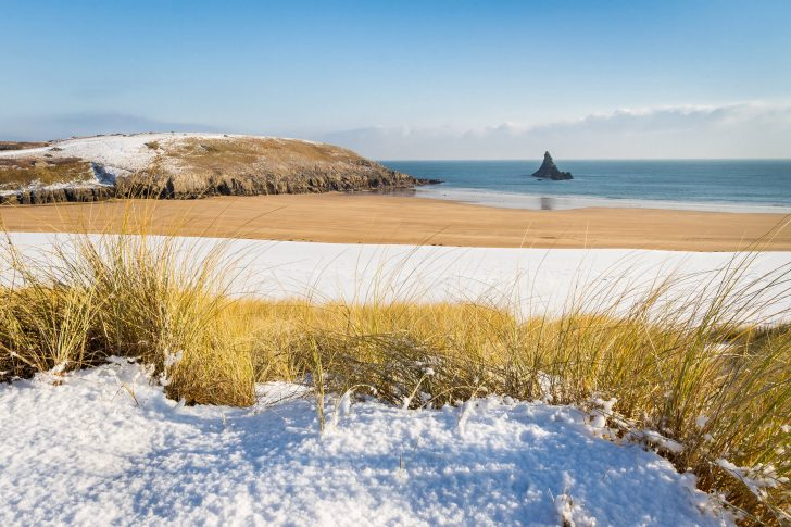 Broad Haven in Winter - Canon 7D, Canon EF 17-40mm at 17mm, ISO 320, 1/250s at f/13. Tripod, Polariser. December © Drew Buckley