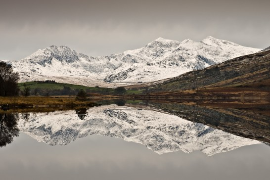Wales's highest peak mirrored in Llynnau Mymbyr Pentax K5, Pentax 17-70 at 43mm, ISO80, 1/6s at f/11. Tripod. January. © Simon Kitchin