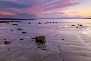 Rinevella Bay, County Clare, Ireland. Nikon D810, Zeiss Distagon 28mm, f16, 4 sec., ISO 64, Tripod © Carsten Krieger