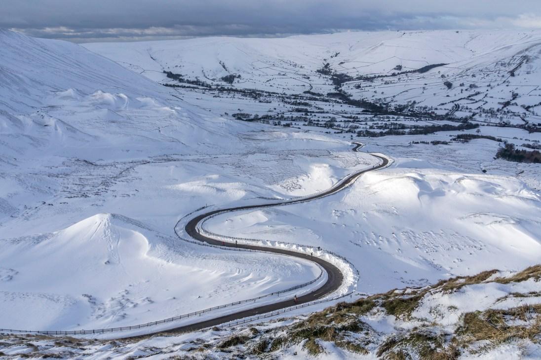 The road into Edale below Mam Nick. © Mick Ryan
